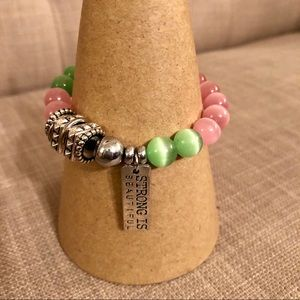 Jewelry - The pink, The green bead bracelet